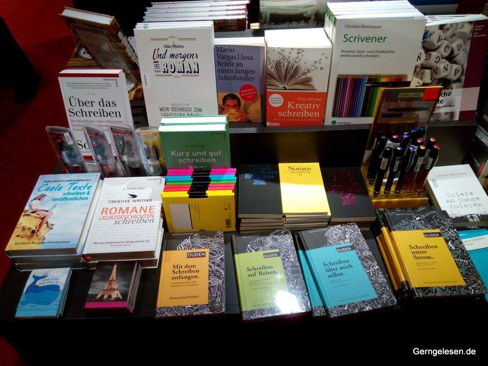 Schreibratgeber bei Dussmann in Berlin
